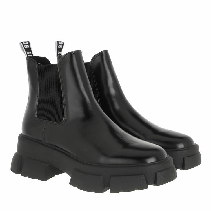 shoes, Steve Madden, Tusk Boot Black