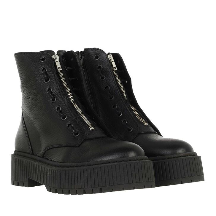 shoes, Steve Madden, Odyl Bootie Black Leather