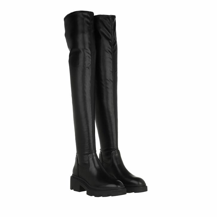 shoes, Ash, Manhattan                                          Mustang Black