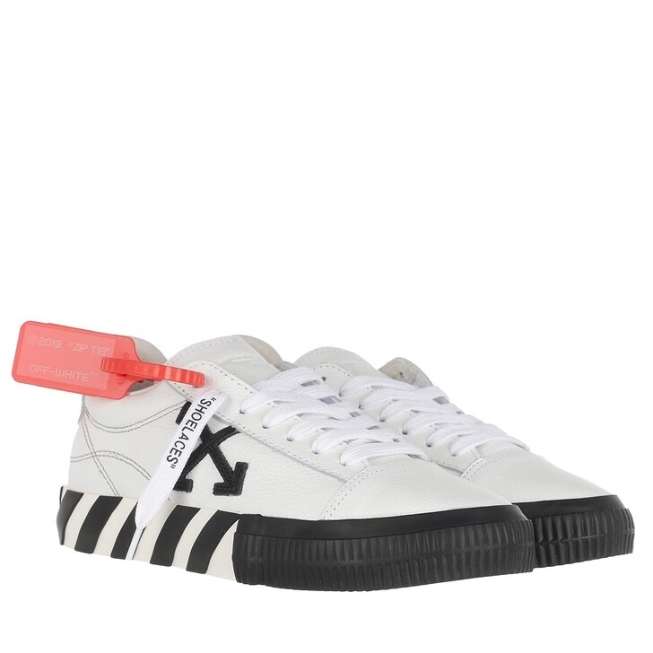 Schuh, Off-White, Low Vulcanized Sneakers White Black