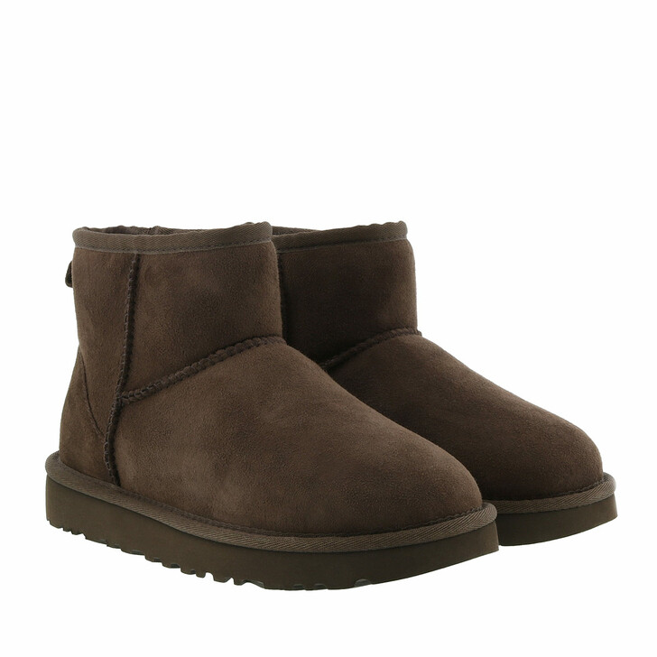 shoes, UGG, Classic Mini Boot Chocolate