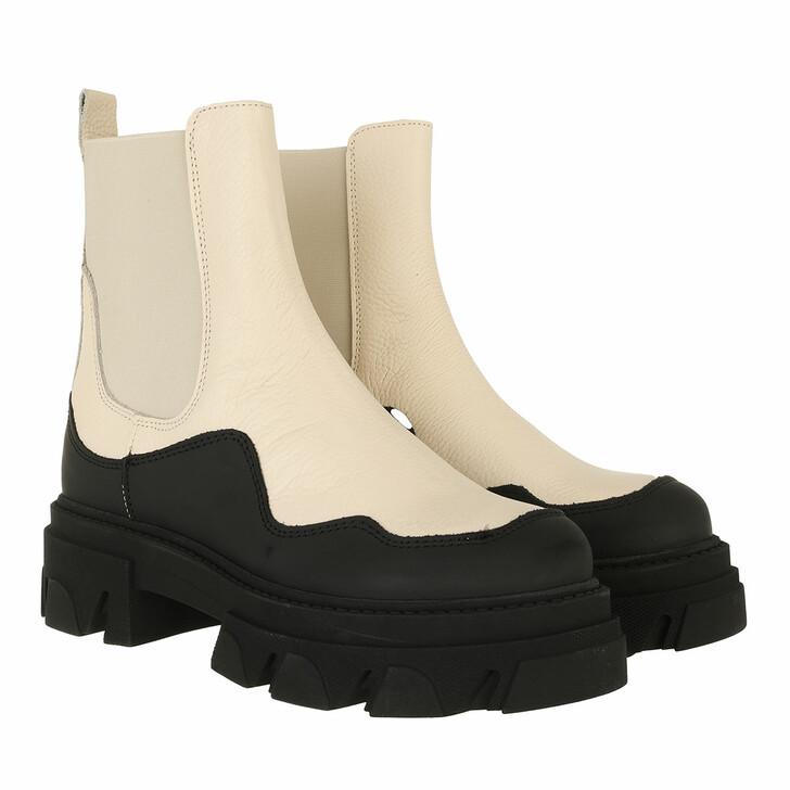shoes, Steve Madden, Merilyn Bootie Bone Leather