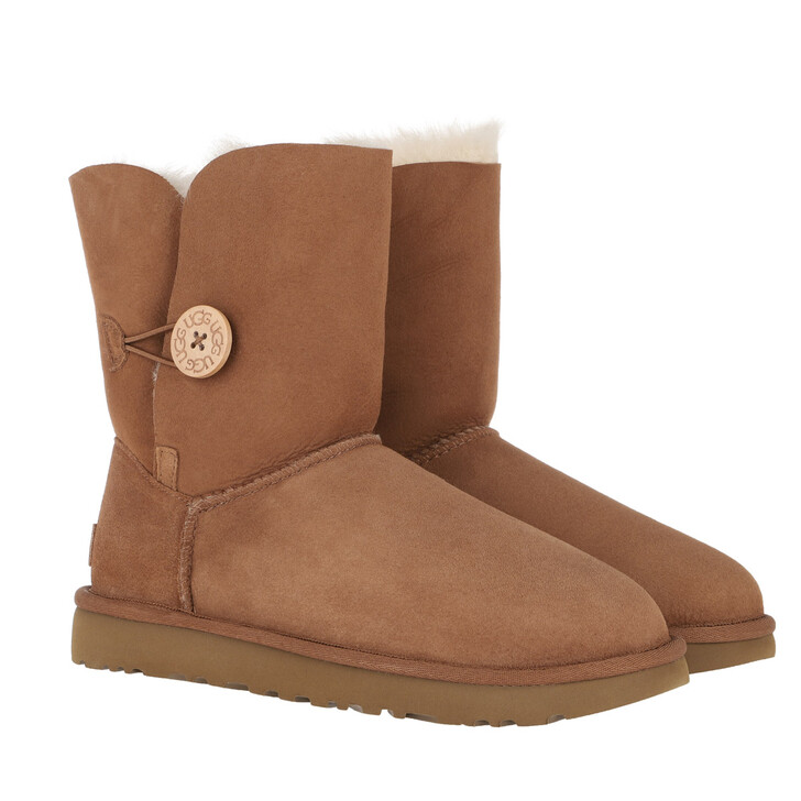Schuh, UGG, W Bailey Button II Chestnut