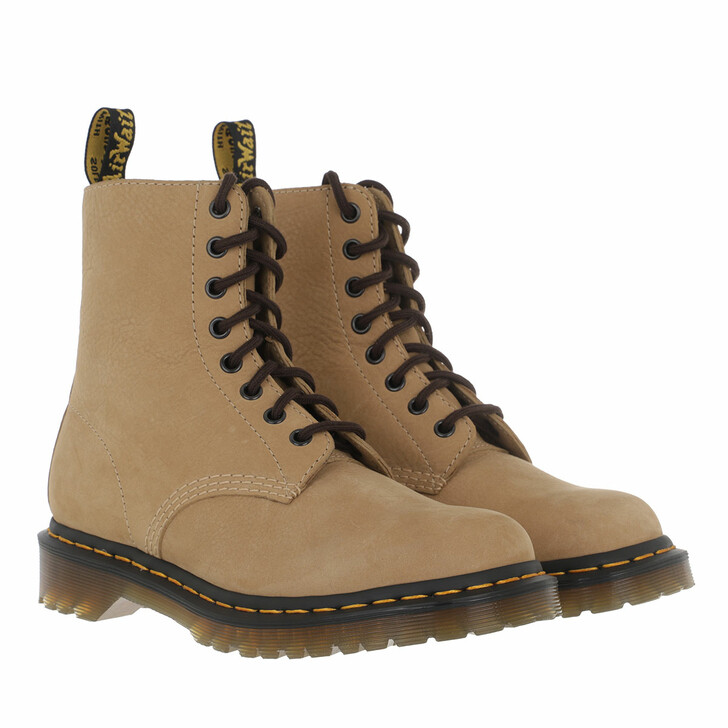 Schuh, Dr. Martens, 1460 Pascal Milled Boot Sand
