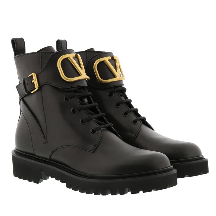 Schuh, Valentino Garavani, V Logo Ankle Boots Black