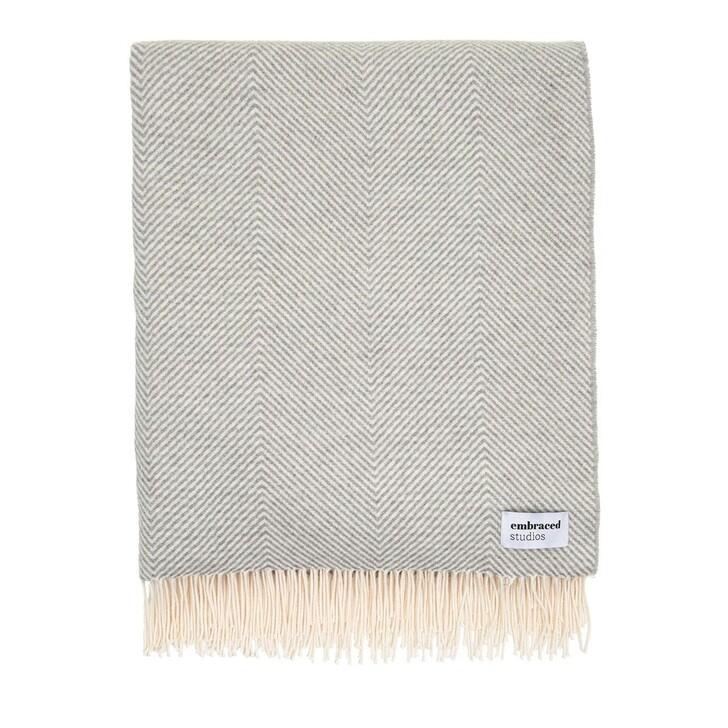 Heimtextilien, Embraced Studios, Herringbone Sofa Cotton Blanket Light Grey