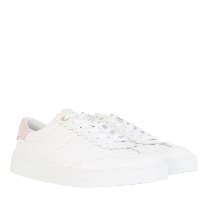 Schuh, Ted Baker, Ebby Retro Scallop Trainer White-Pink