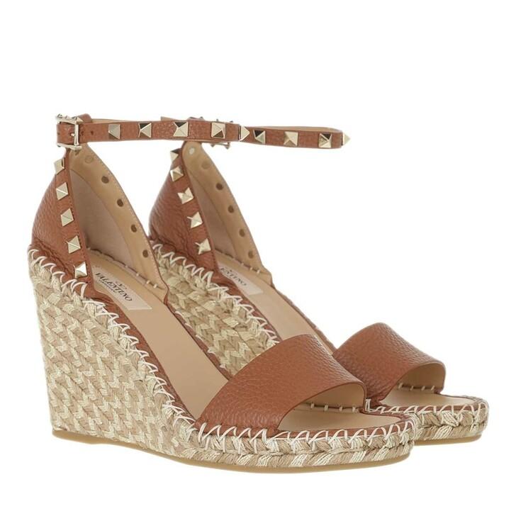 shoes, Valentino Garavani, Wedge Rockstud Sandals Brown